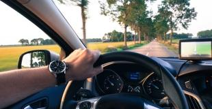 Combien coûte une voiture à l'année ? Utilisation, entretien, assurance, etc