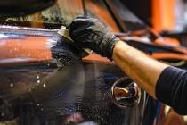 Comment laver sa voiture dans les règles de l'art et la faire briller ?