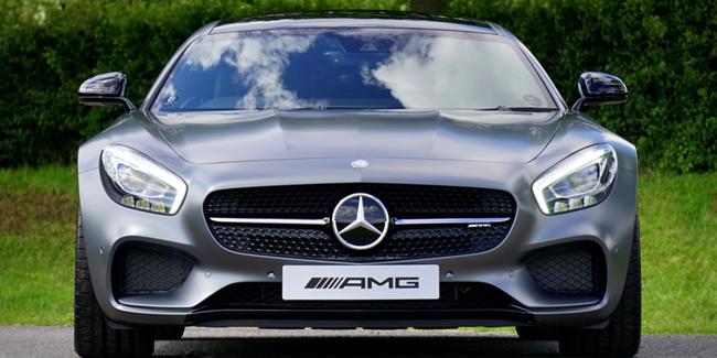 Mercedes Benz : signature de luxe et de classe