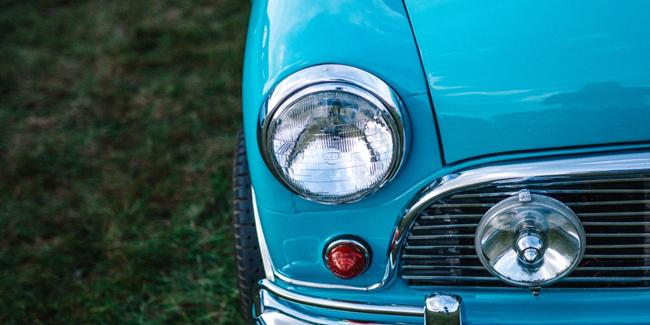 Comment rénover ses phares de voiture devenus opaque ?