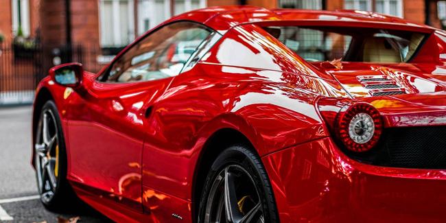Assurance pour voiture de sport : prix et devis